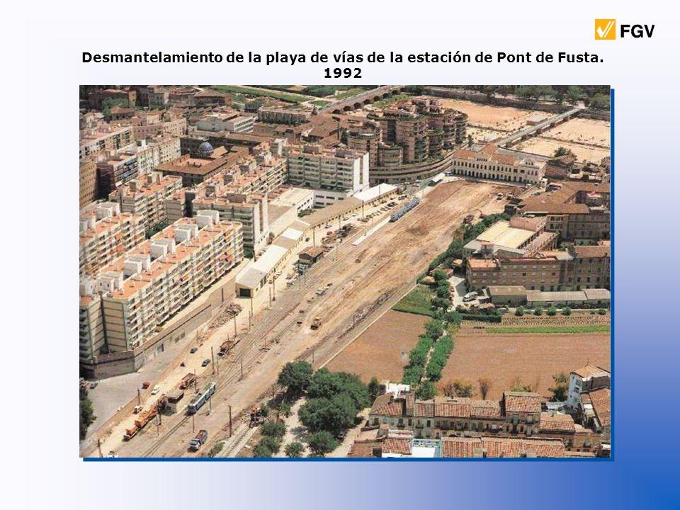 Desmantelamiento de la playa de vías de la estación de Pont de Fusta