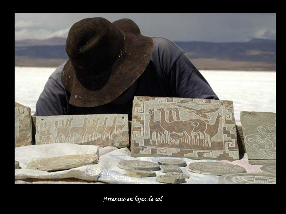 Artesano en lajas de sal