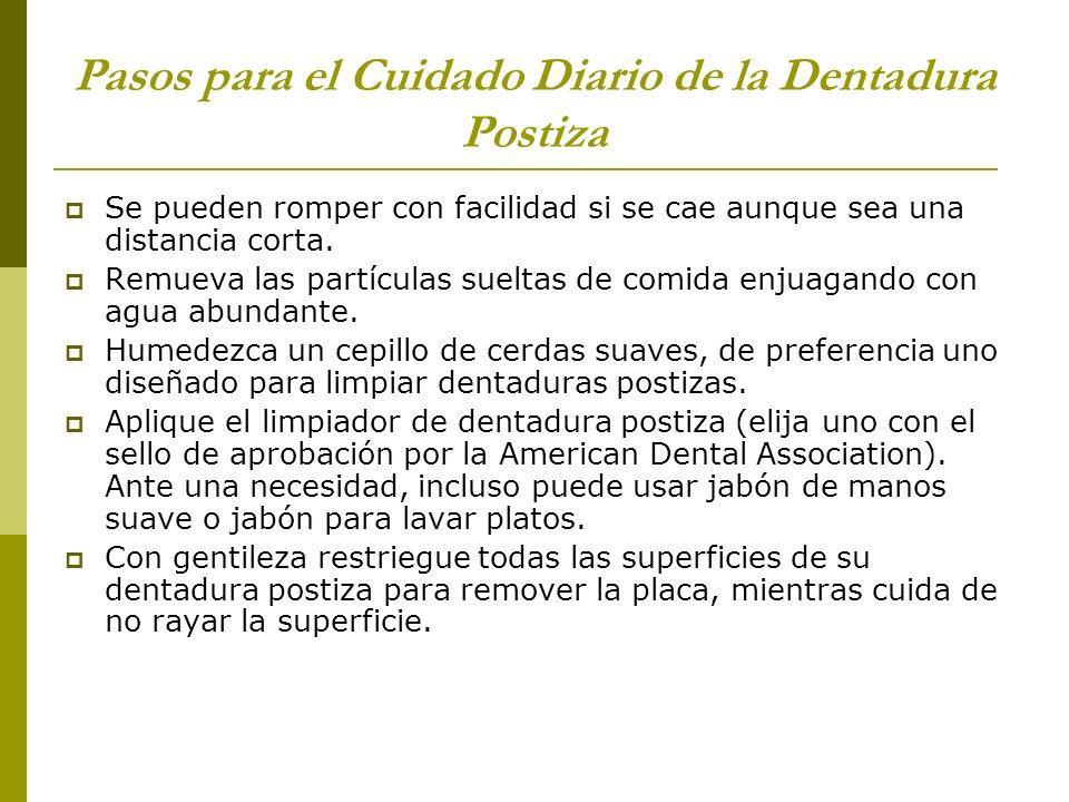 Pasos para el Cuidado Diario de la Dentadura Postiza