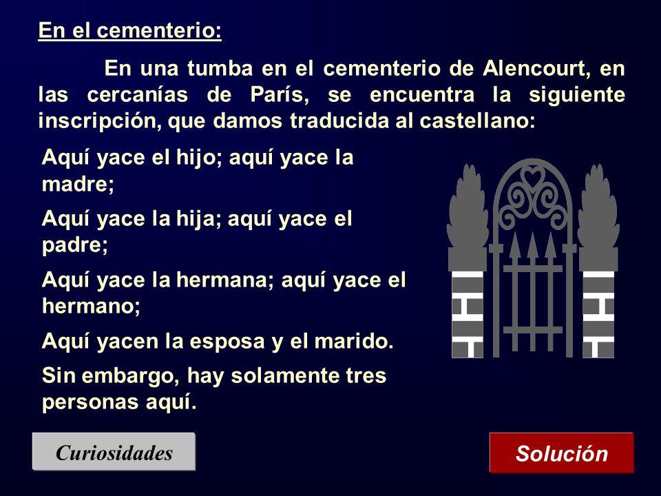 En el cementerio:
