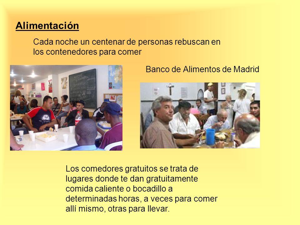 Alimentación Cada noche un centenar de personas rebuscan en los contenedores para comer. Banco de Alimentos de Madrid.