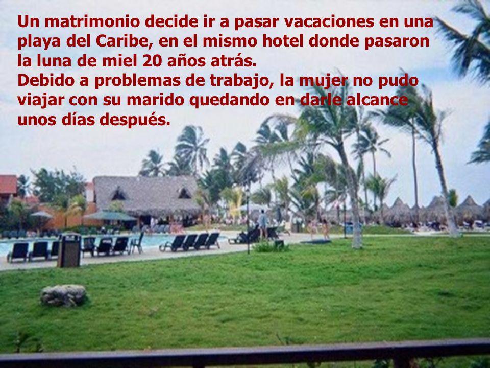 Un matrimonio decide ir a pasar vacaciones en una playa del Caribe, en el mismo hotel donde pasaron la luna de miel 20 años atrás.