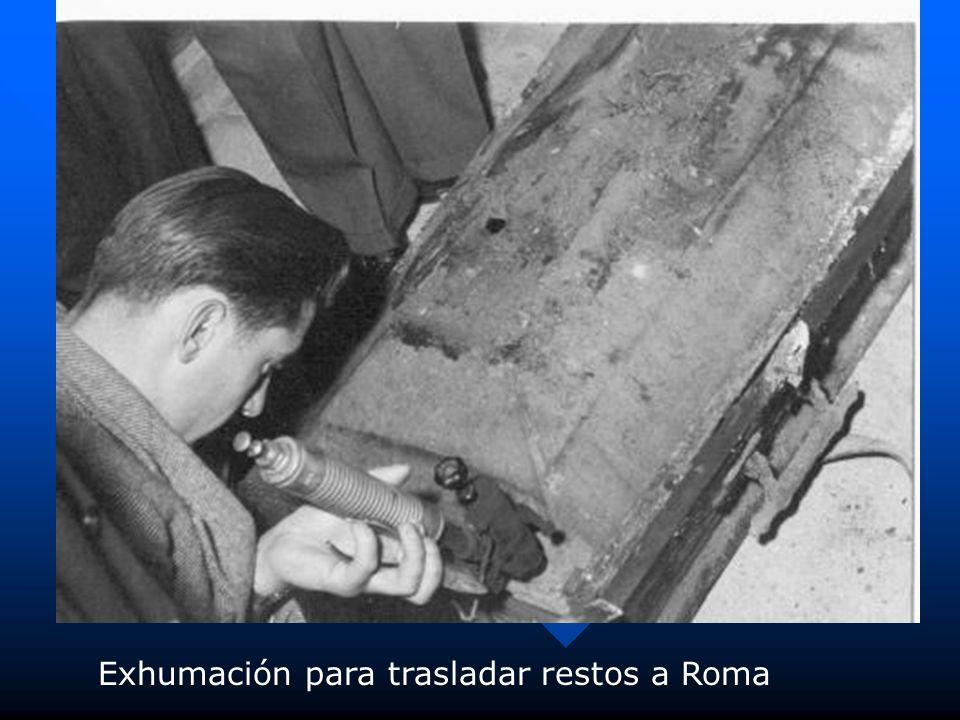 Exhumación para trasladar restos a Roma