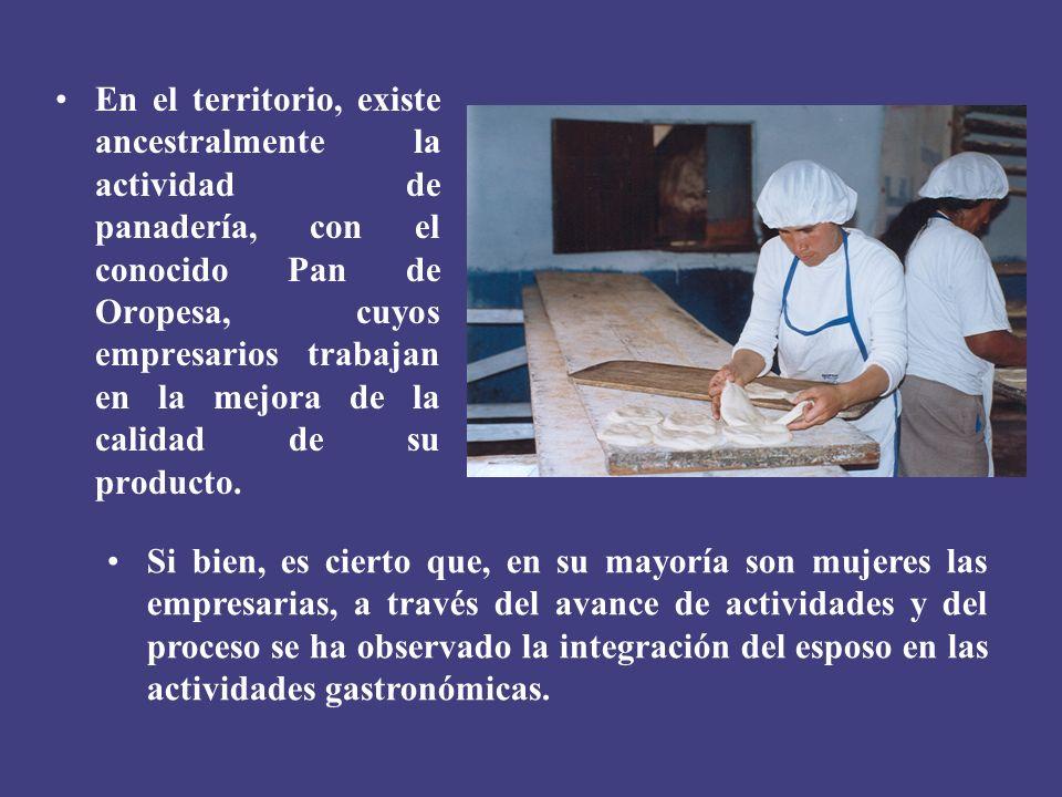 En el territorio, existe ancestralmente la actividad de panadería, con el conocido Pan de Oropesa, cuyos empresarios trabajan en la mejora de la calidad de su producto.