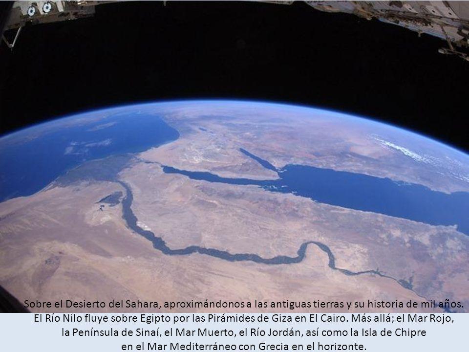 Sobre el Desierto del Sahara, aproximándonos a las antiguas tierras y su historia de mil años.
