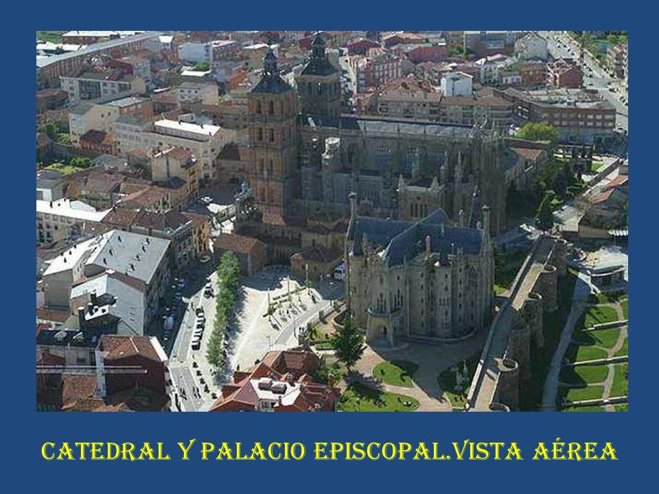 CATEDRAL Y PALACIO EPISCOPAL.VISTA AÉREA
