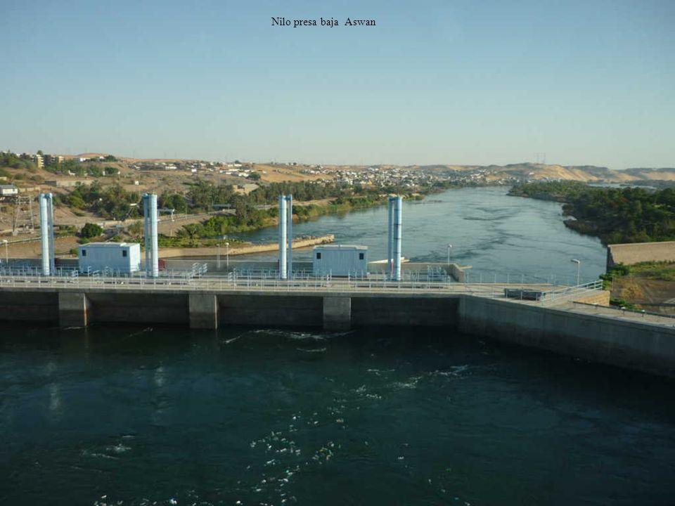 Nilo presa baja Aswan
