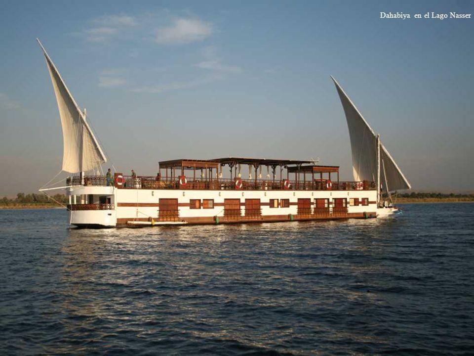 Dahabiya en el Lago Nasser