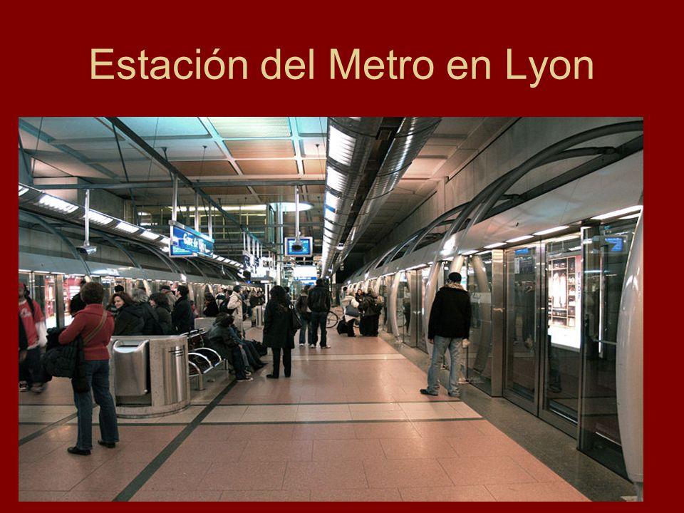 Estación del Metro en Lyon