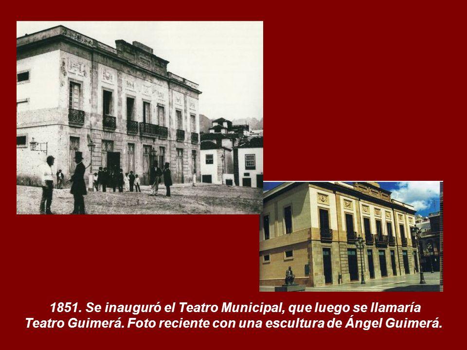 Teatro Guimerá. Foto reciente con una escultura de Ángel Guimerá.