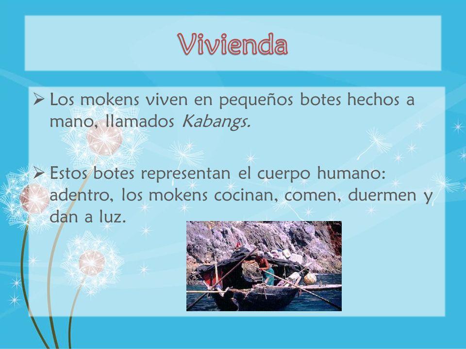 Vivienda Los mokens viven en pequeños botes hechos a mano, llamados Kabangs.