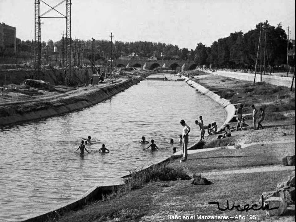 Baño en el Manzanares – Año 1951