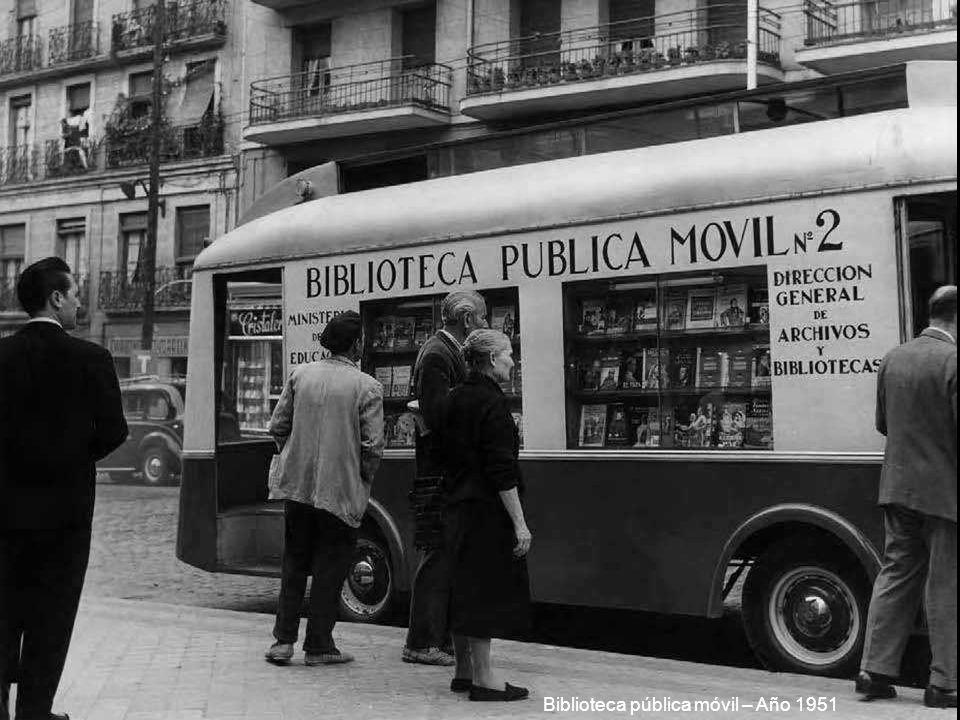 Biblioteca pública móvil – Año 1951