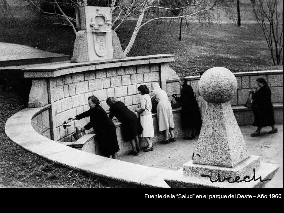 Fuente de la Salud en el parque del Oeste – Año 1960