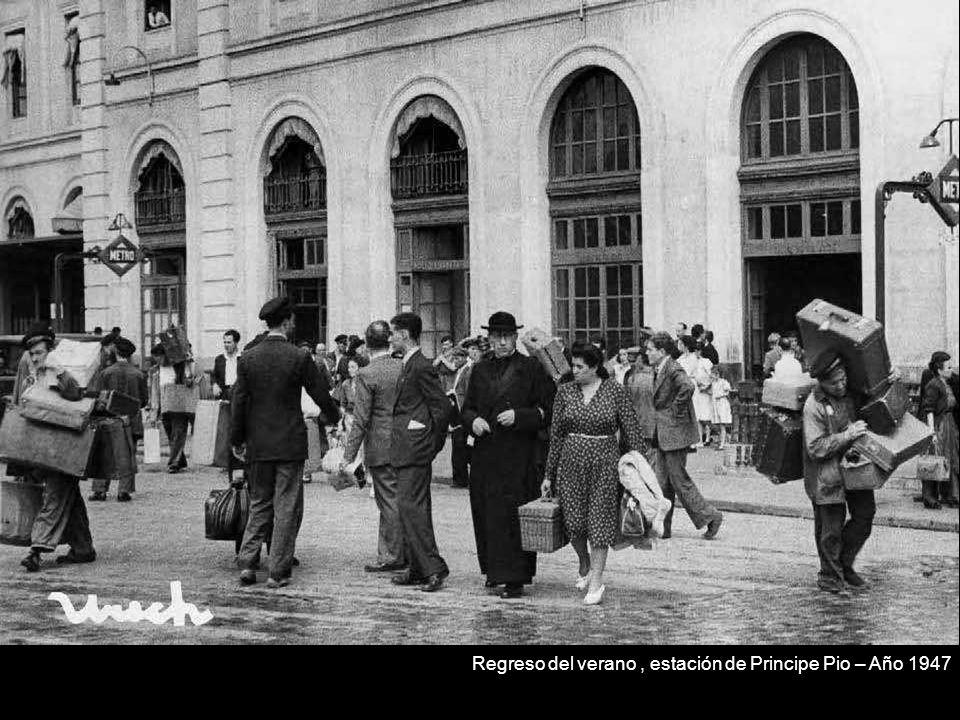 Regreso del verano , estación de Principe Pio – Año 1947