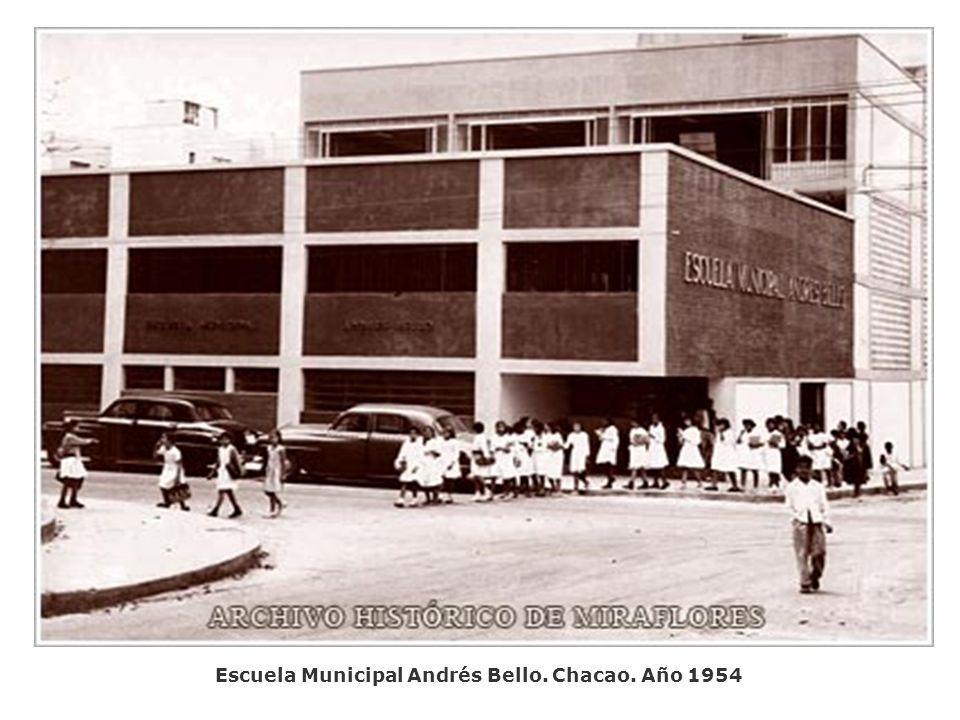 Escuela Municipal Andrés Bello. Chacao. Año 1954