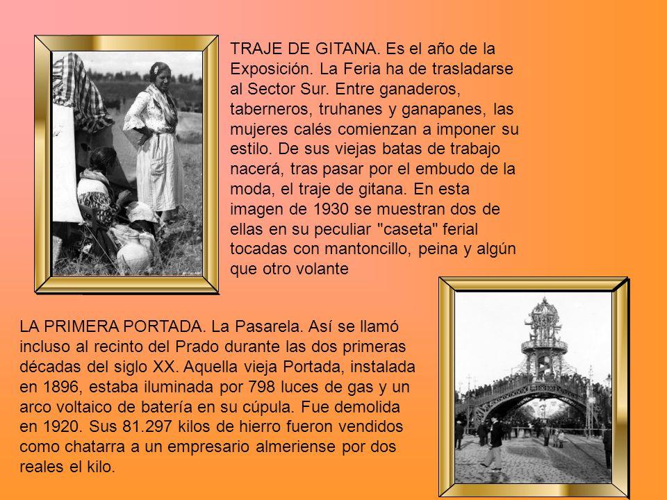 TRAJE DE GITANA. Es el año de la Exposición