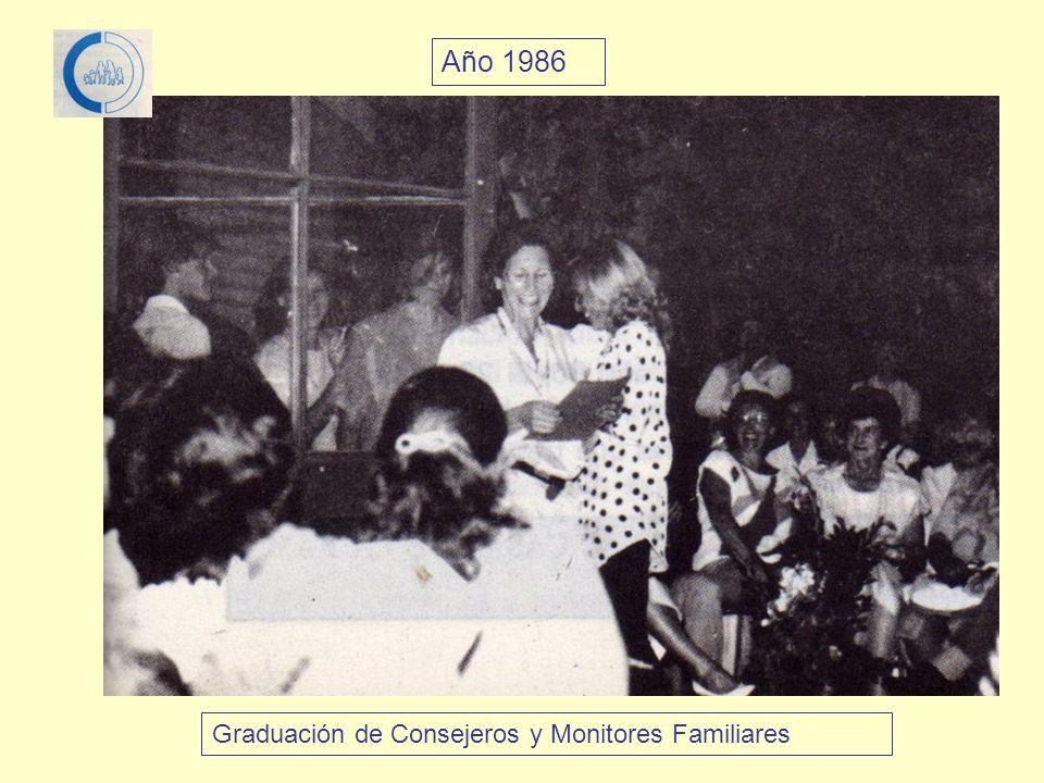Año 1986 Graduación de Consejeros y Monitores Familiares