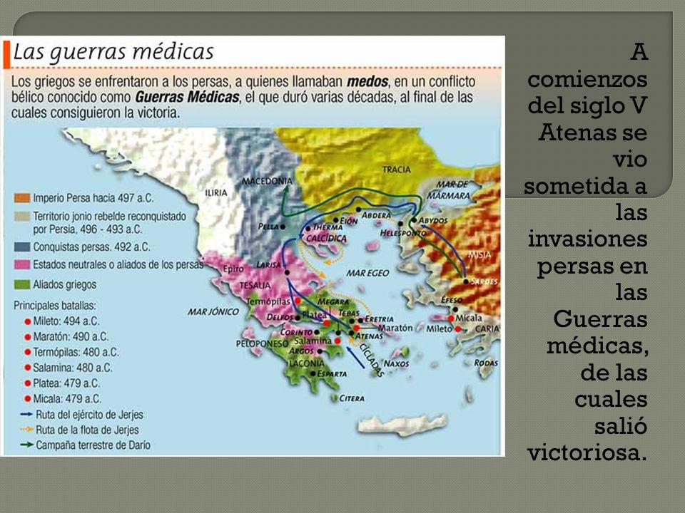 A comienzos del siglo V Atenas se vio sometida a las invasiones persas en las Guerras médicas, de las cuales salió victoriosa.