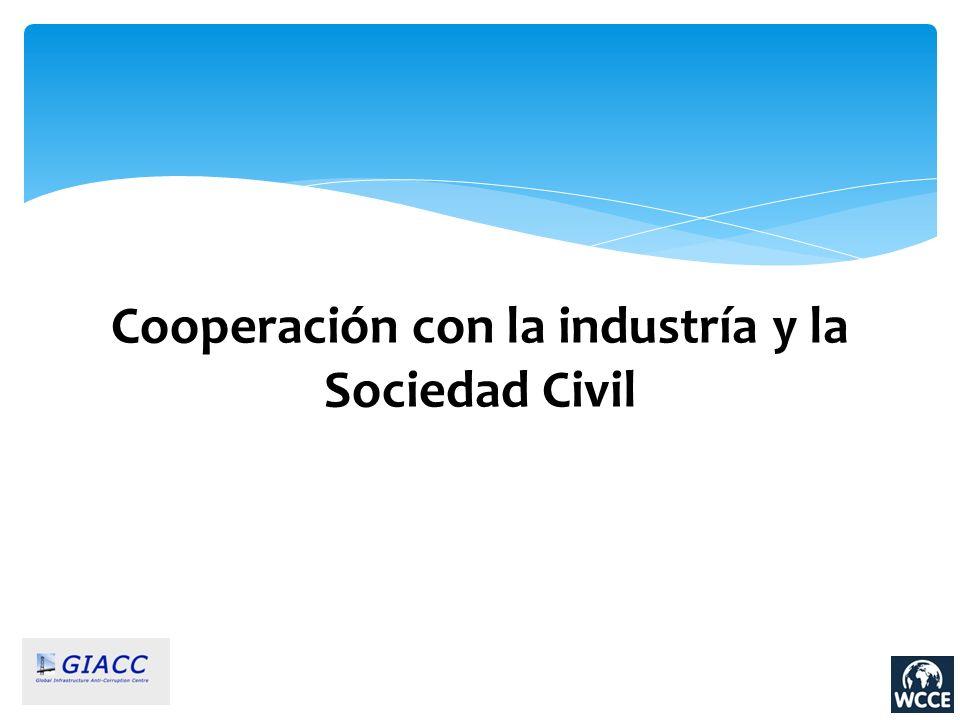 Cooperación con la industría y la Sociedad Civil
