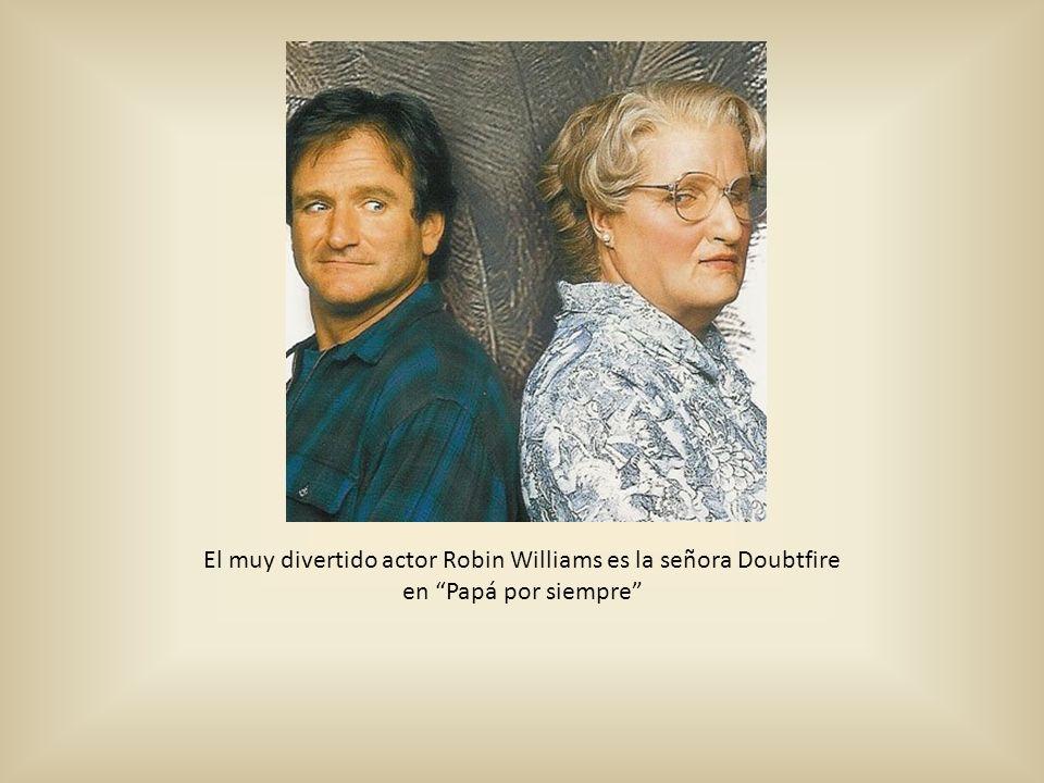 El muy divertido actor Robin Williams es la señora Doubtfire en Papá por siempre
