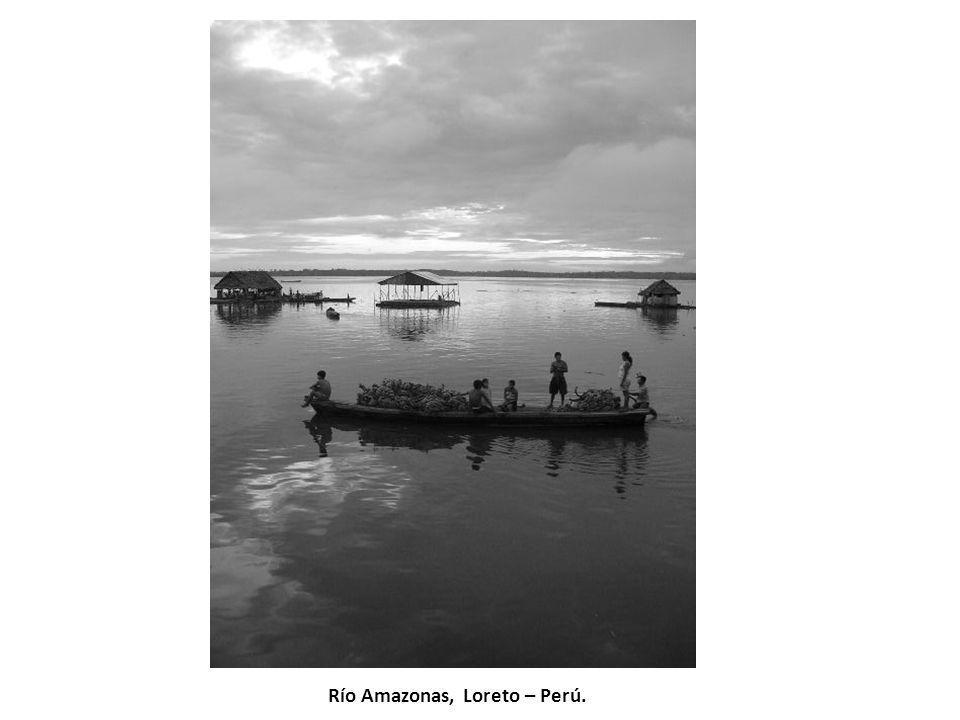 Río Amazonas, Loreto – Perú.