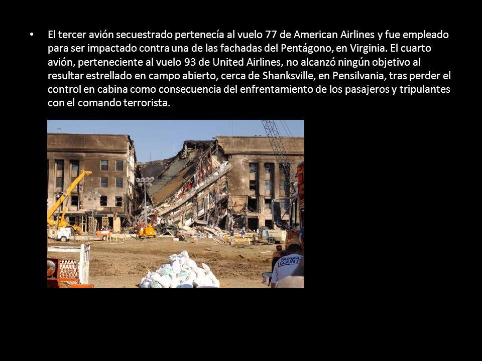 El tercer avión secuestrado pertenecía al vuelo 77 de American Airlines y fue empleado para ser impactado contra una de las fachadas del Pentágono, en Virginia.