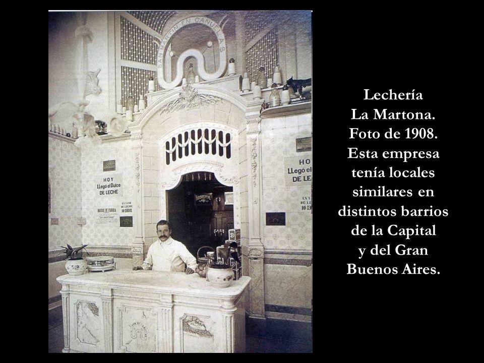 Lechería La Martona. Foto de 1908. Esta empresa tenía locales similares en distintos barrios de la Capital.