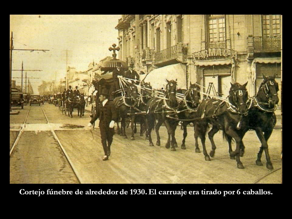 Cortejo fúnebre de alrededor de 1930