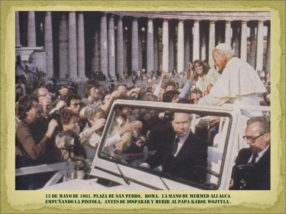 13 de mayo de 1981. plaza de san Pedro, roma