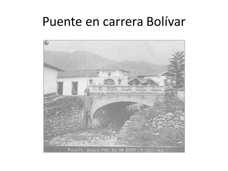 Puente en carrera Bolívar