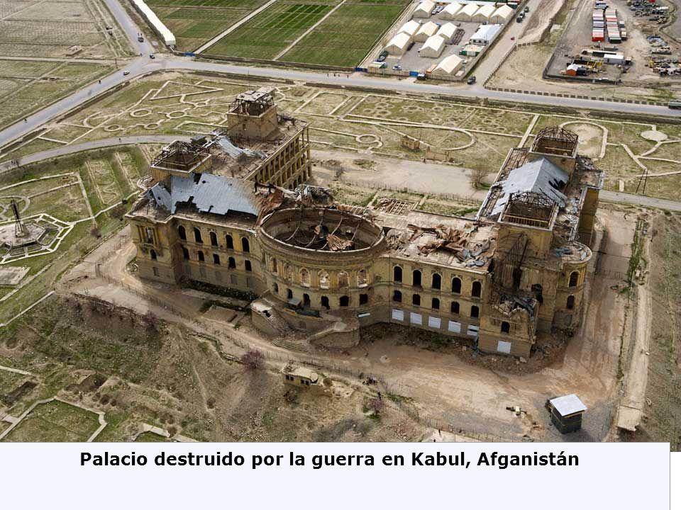 Palacio destruido por la guerra en Kabul, Afganistán