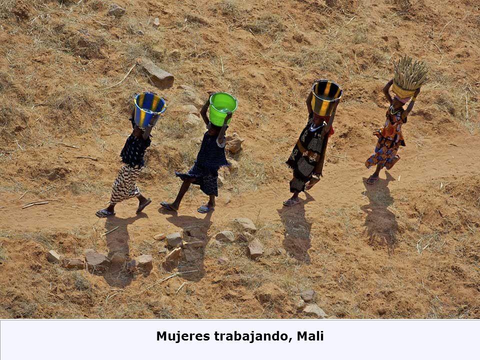 Mujeres trabajando, Mali