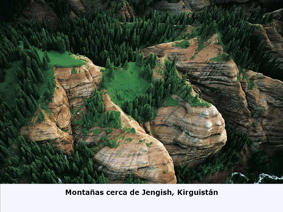 Montañas cerca de Jengish, Kirguistán