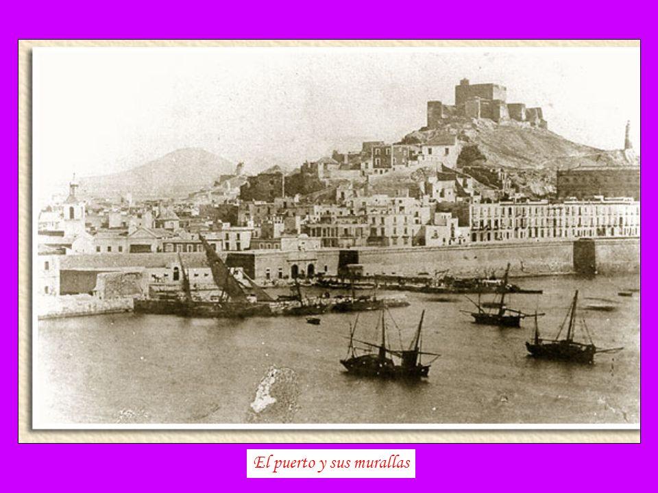 El puerto y sus murallas