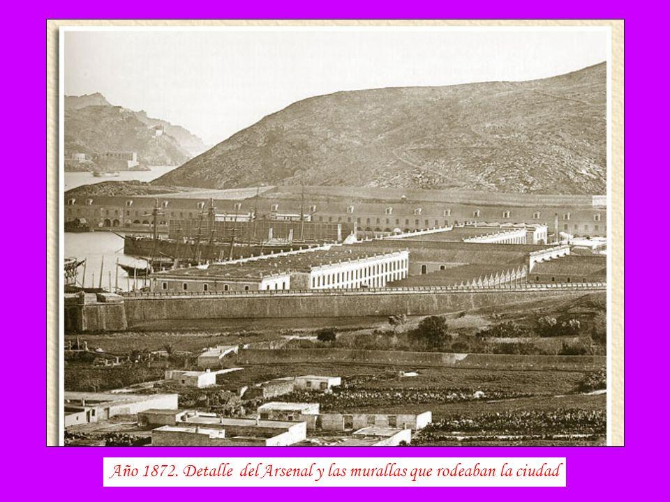Año 1872. Detalle del Arsenal y las murallas que rodeaban la ciudad