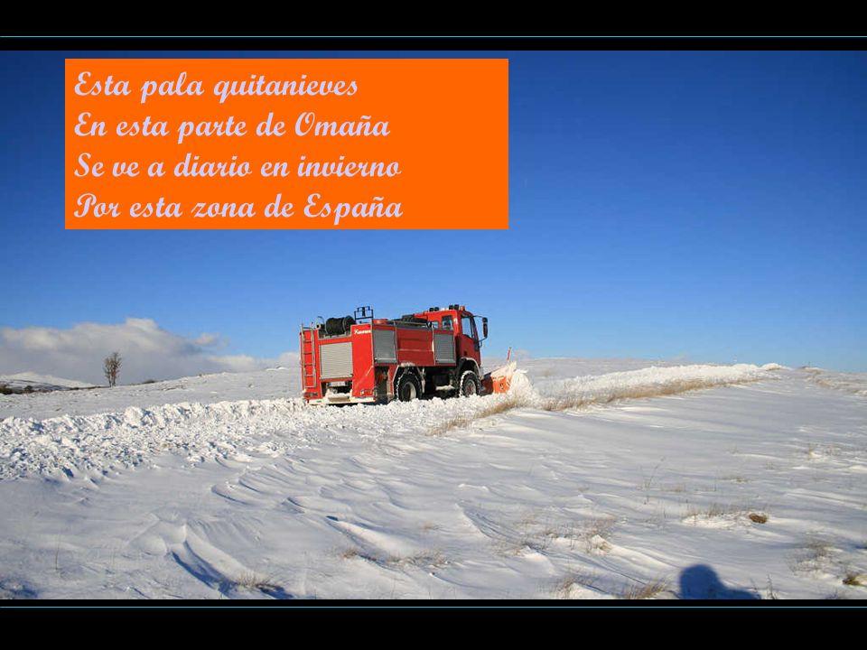 Esta pala quitanieves En esta parte de Omaña Se ve a diario en invierno Por esta zona de España
