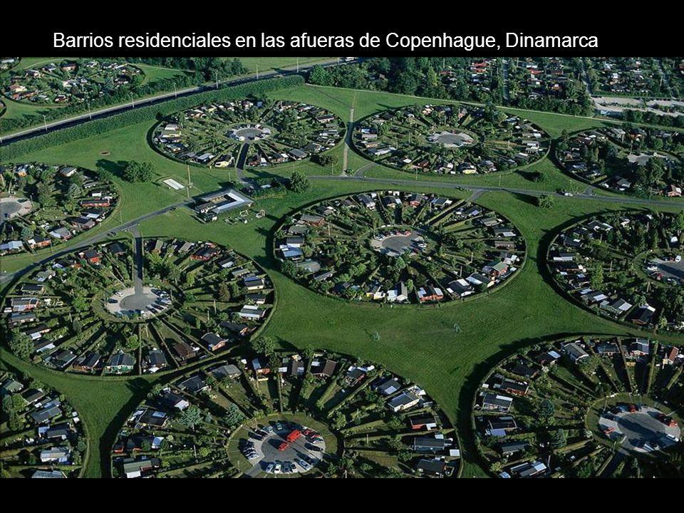 Barrios residenciales en las afueras de Copenhague, Dinamarca