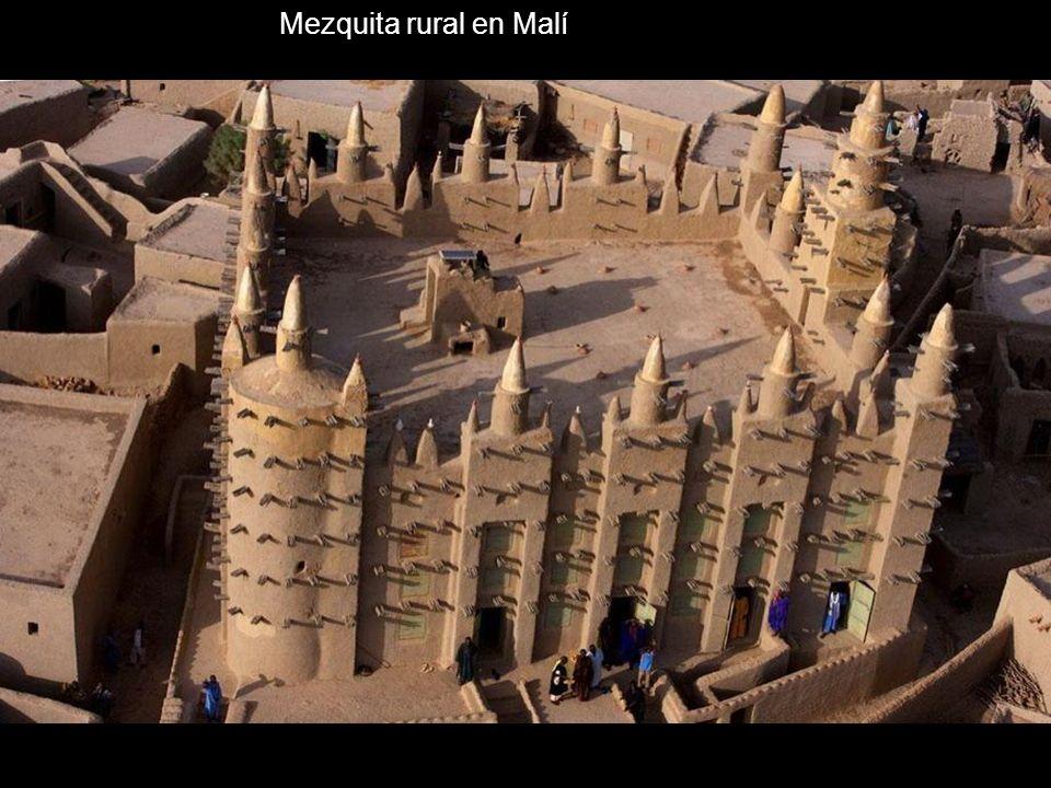 Mezquita rural en Malí
