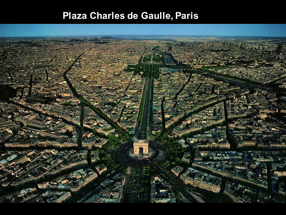Plaza Charles de Gaulle, Paris