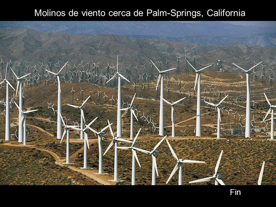 Molinos de viento cerca de Palm-Springs, California