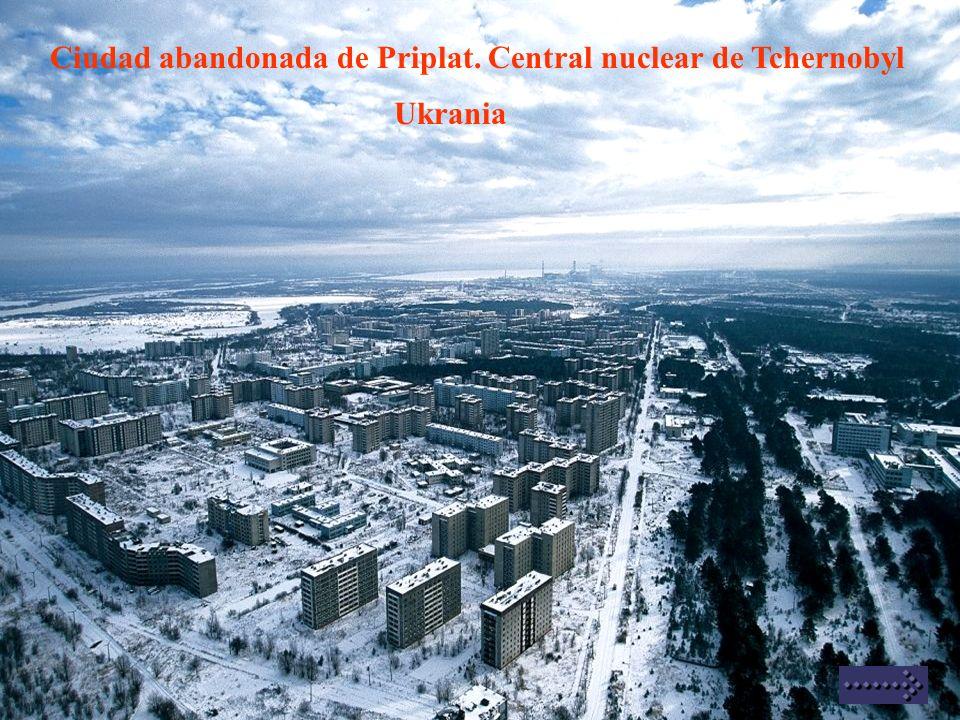 Ciudad abandonada de Priplat. Central nuclear de Tchernobyl