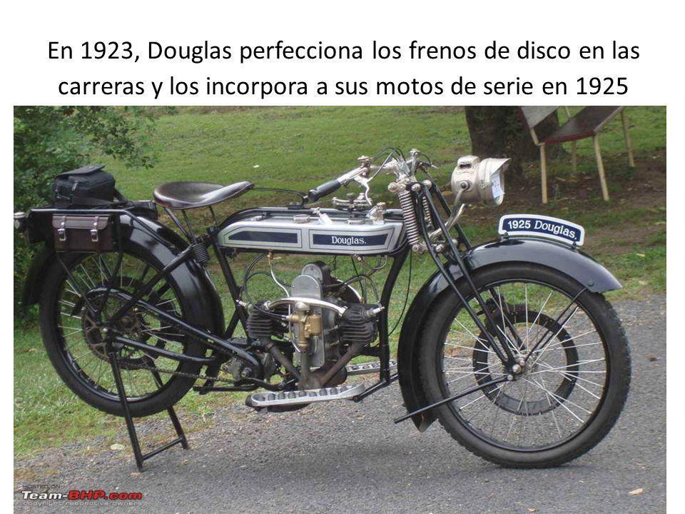 En 1923, Douglas perfecciona los frenos de disco en las carreras y los incorpora a sus motos de serie en 1925