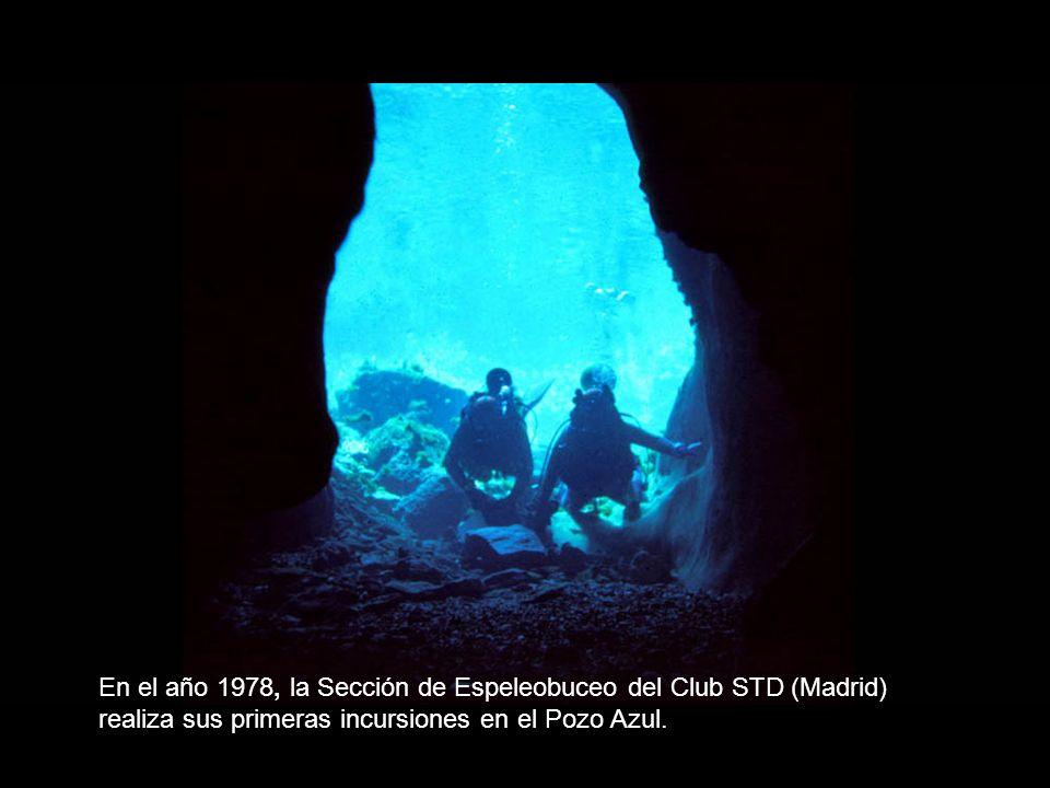 En el año 1978, la Sección de Espeleobuceo del Club STD (Madrid) realiza sus primeras incursiones en el Pozo Azul.