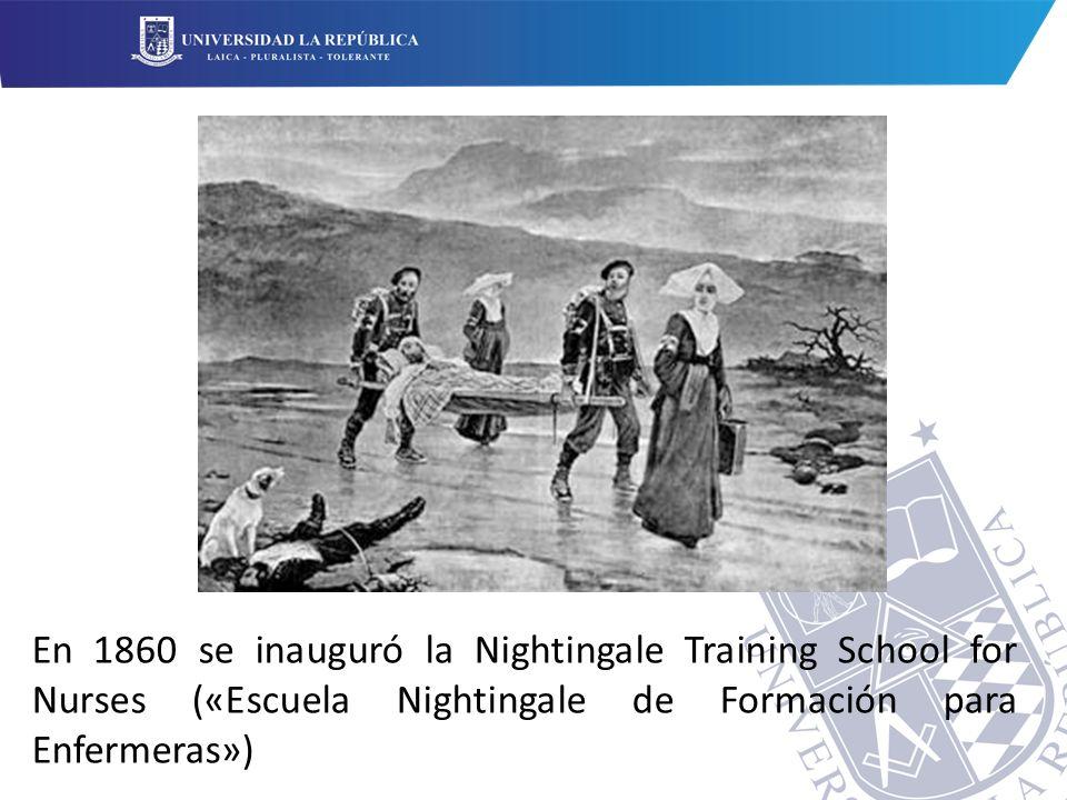 En 1860 se inauguró la Nightingale Training School for Nurses («Escuela Nightingale de Formación para Enfermeras»)