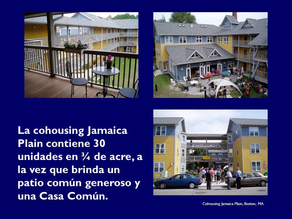 La cohousing Jamaica Plain contiene 30 unidades en ¾ de acre, a la vez que brinda un patio común generoso y una Casa Común.
