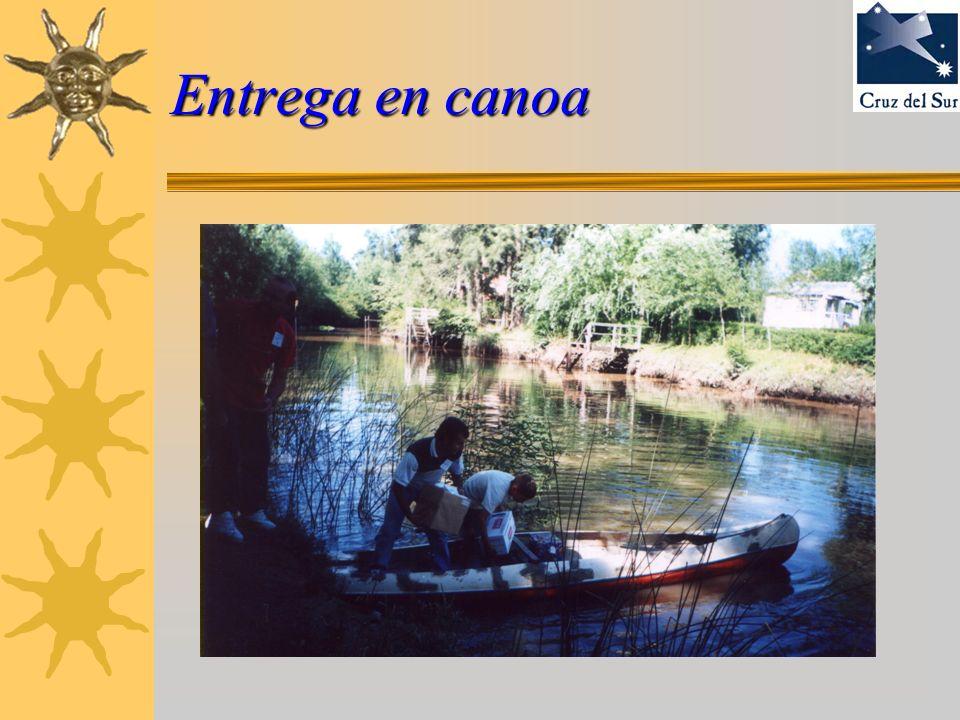 Entrega en canoa