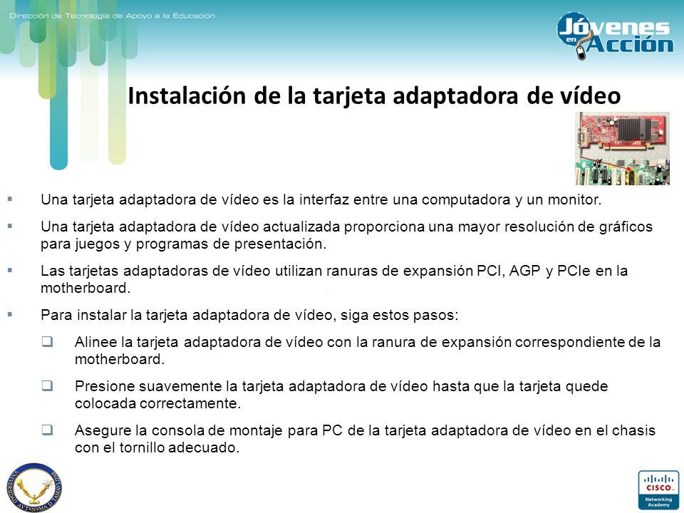 Instalación de la tarjeta adaptadora de vídeo