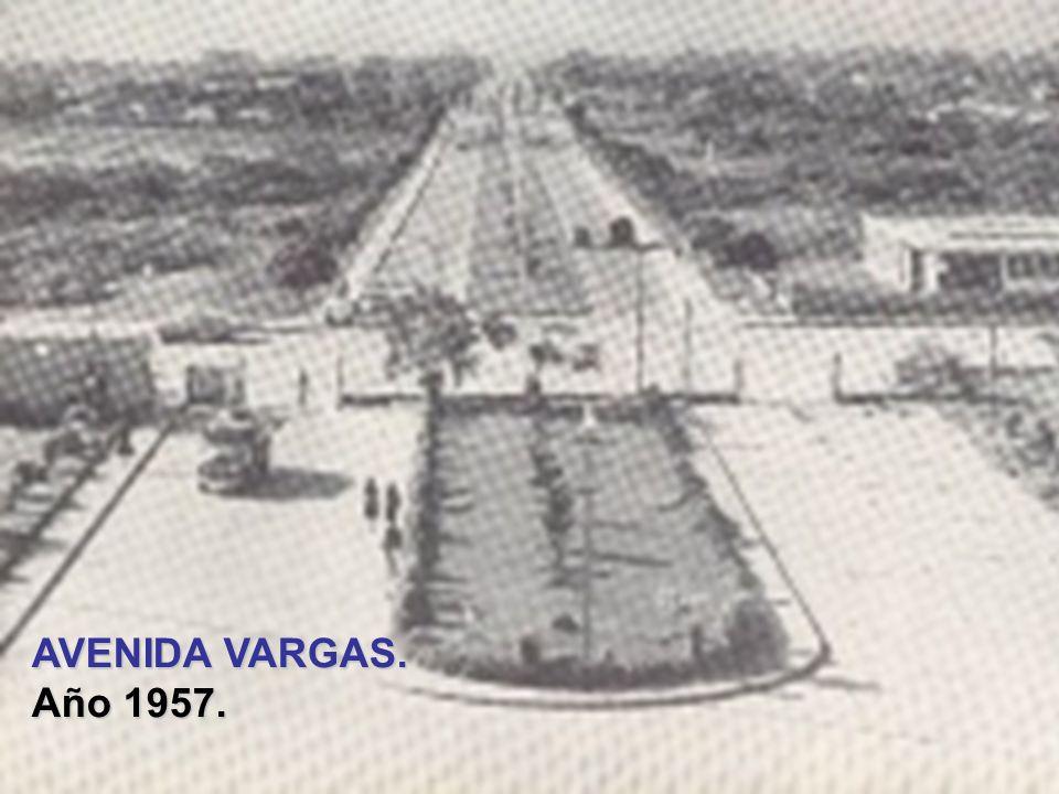 AVENIDA VARGAS. Año 1957.