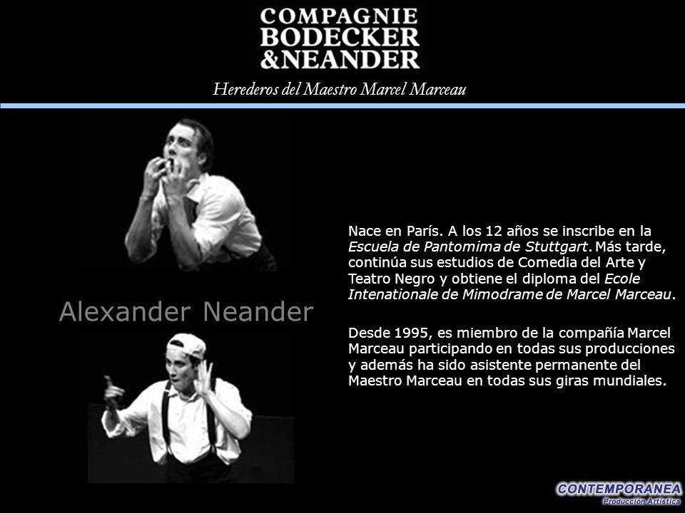 Nace en París. A los 12 años se inscribe en la Escuela de Pantomima de Stuttgart. Más tarde, continúa sus estudios de Comedia del Arte y Teatro Negro y obtiene el diploma del Ecole Intenationale de Mimodrame de Marcel Marceau.
